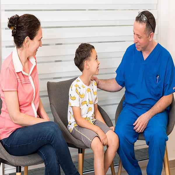 טיפולי שיניים לילדים – שאלות ותשובות