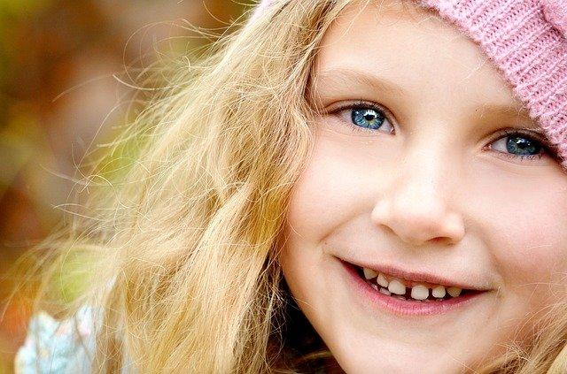 שיניים צהובות אצל ילדים